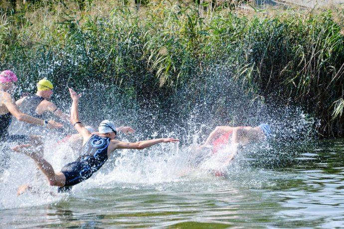 Start zum 28. RIEMER-Teamtriathlon ´2016 am Barleber See