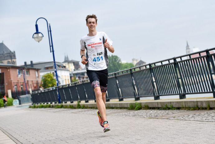 Lorenz Heinemann beim Magdeburger Elbebrückenlauf 2017